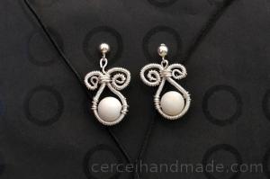 Cercei handmade coral alb